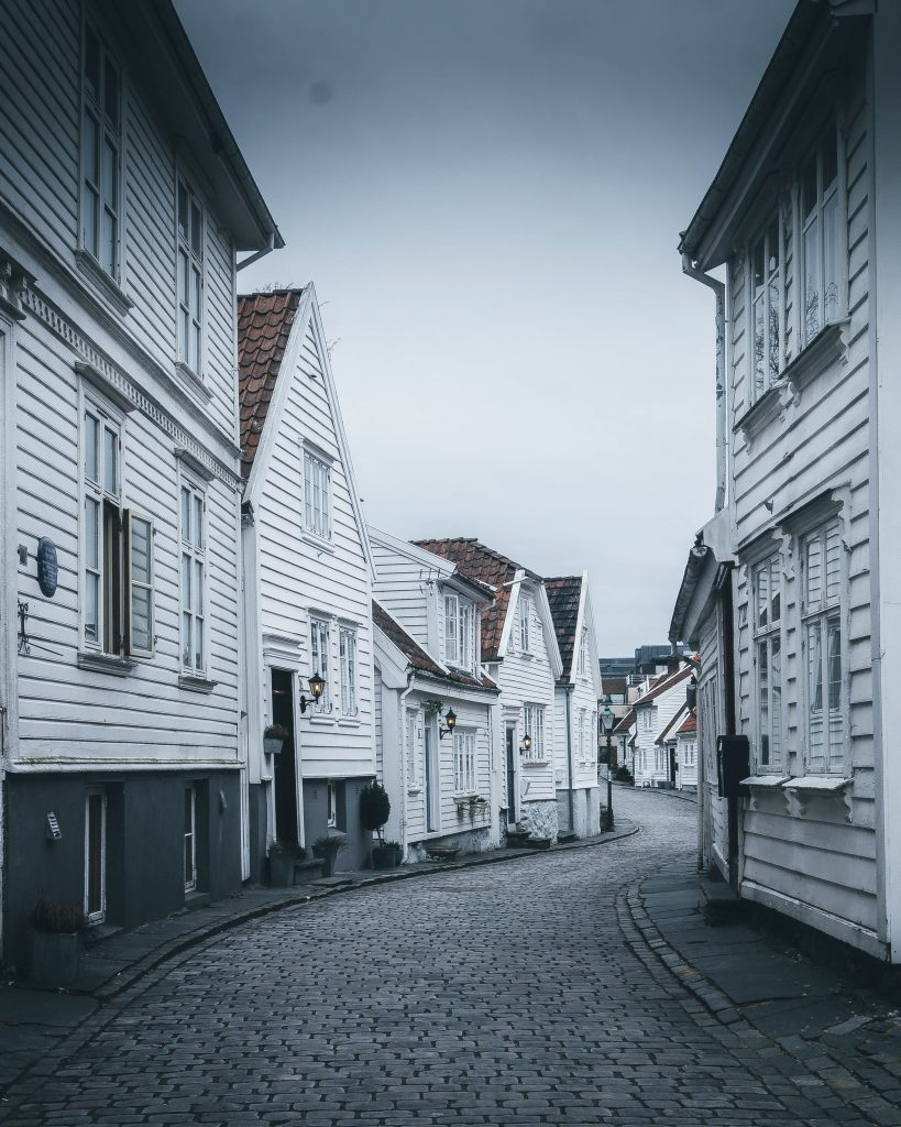 Walking around the streets in Gamle Stavanger
