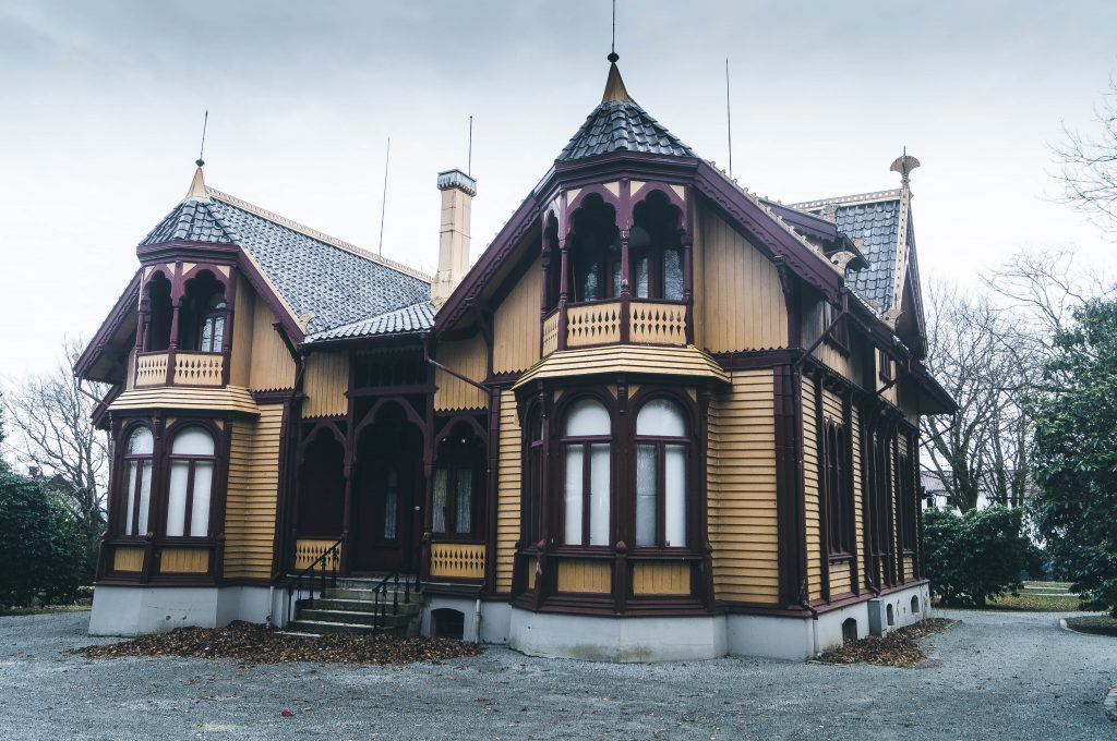 Breidablikk Mansion